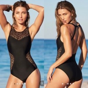 Adore Me Mahina one piece swimsuit Med and XS
